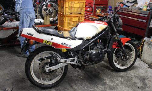 RZR250 エンジン不動 ポンコツ レストアベース